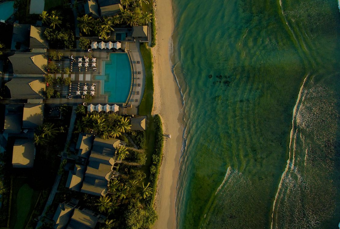 InterContinental Fiji Golf Resort & Spa Weddings by Zoomfiji - Teaser Image